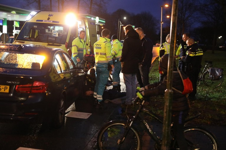 Fietser gewond na aanrijding in Baarn