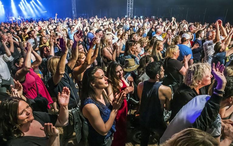 Lekker chillen bij fijne muziek tijdens eerste editie Kaaspop in Alkmaar