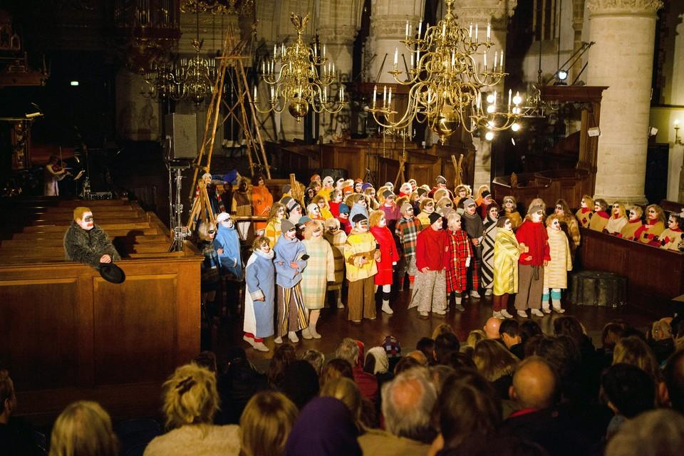 Scene uit 'Cajanus' in de Grote of St.-Bavokerk.