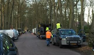 Naarderstraat Huizen decor voor filmopnames. 'Een stunt met een motor die tegen een vrachtauto rijdt en meters door de lucht vliegt'