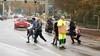 Sinterklaastoeristen op de bon bij 'pietenpaleis' Soestdijk; Langs drukke weg parkerende pietenspotters zorgen voor levensgevaarlijke toestanden