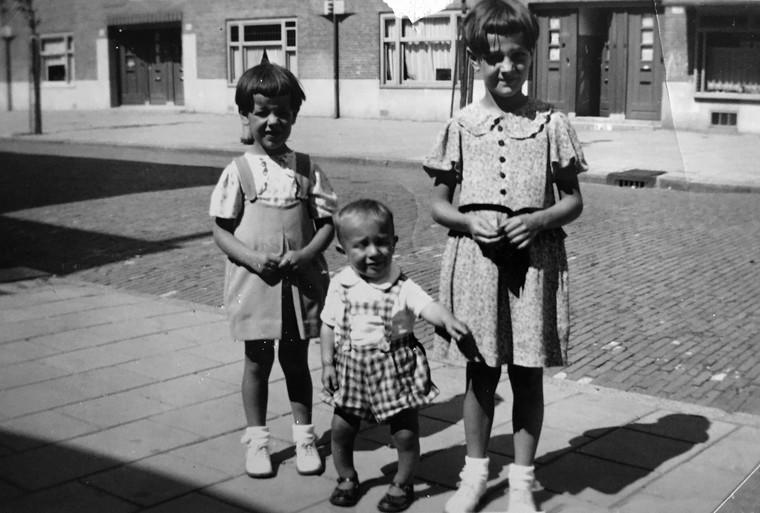 Truus Cupido: 'Mijn vriendinnetje en haar ouders bleken 's nachts door de Duitsers weggehaald. Ik kon dat niet helemaal begrijpen' [video]