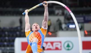 Menno Vloon met 5,70 meter naar EK-finale polsstokhoogspringen