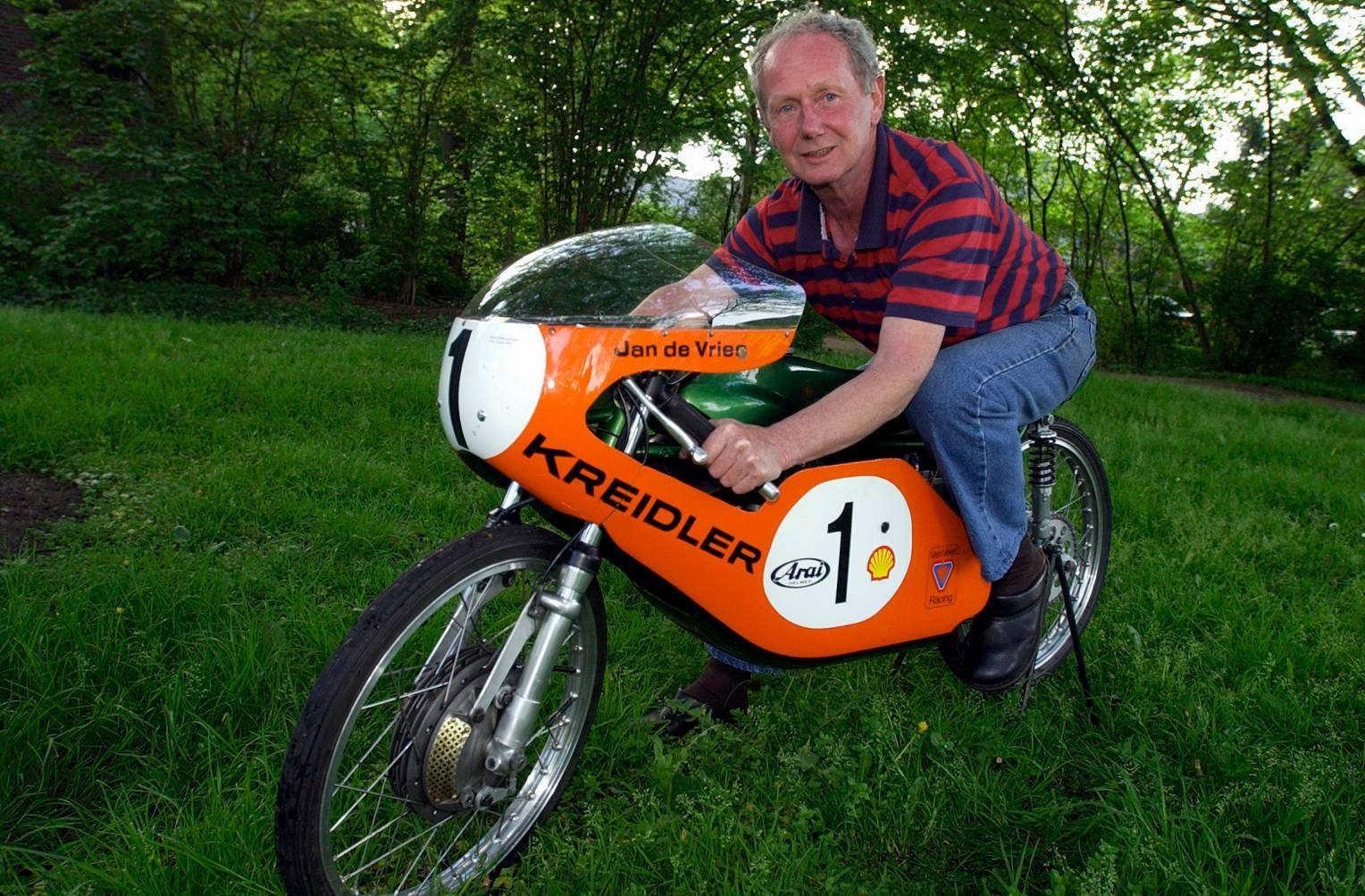 Tweevoudig wereldkampioen motorracen Jan de Vries overleden.... - Noordhollandsdagblad