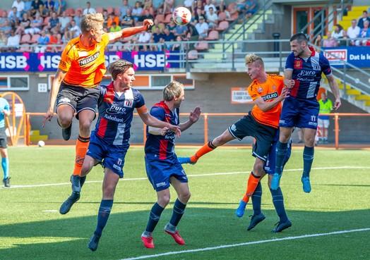 Jong Volendam verslaat met ruime cijfers titelkandidaat Excelsior Maassluis