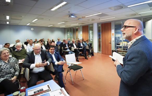 Hoopvolle bijeenkomst MKB-Haarlem over leegstand; 'Klant koopt graag bij local heroes'