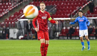 Weer mist Koopmeiners van elf meter, maar Arne Slot is resoluut: 'Teun blijft onze strafschopnemer'