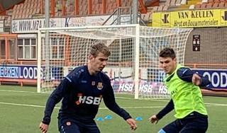 Giannis Iatroudis moet als 'aanspeelpunt' extra wapen in voorhoede FC Volendam worden. 'Ik kan hier een betere voetballer worden'