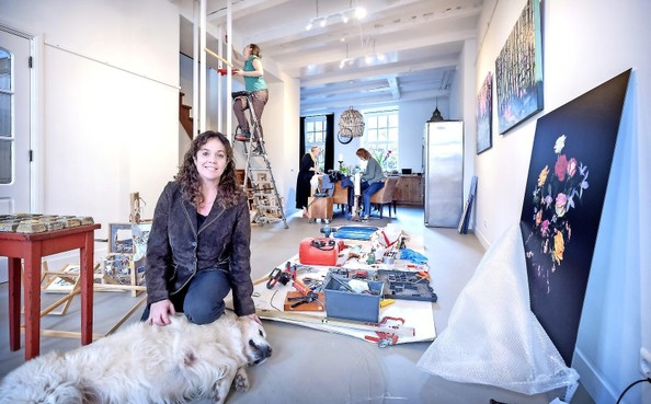 Galerie Bakenes van Annemarie van Doorn opent tijdens de Kunstlijn met expositie 'En nu?'