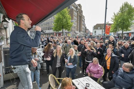Na 45 jaar valt het doek voor café De Natte in Haarlem