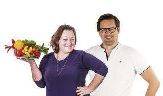 Redacteuren Lydia en Roy gaan minder vlees eten.'Vegetarisch, daar deden wij thuis niet aan' (aflevering 1)