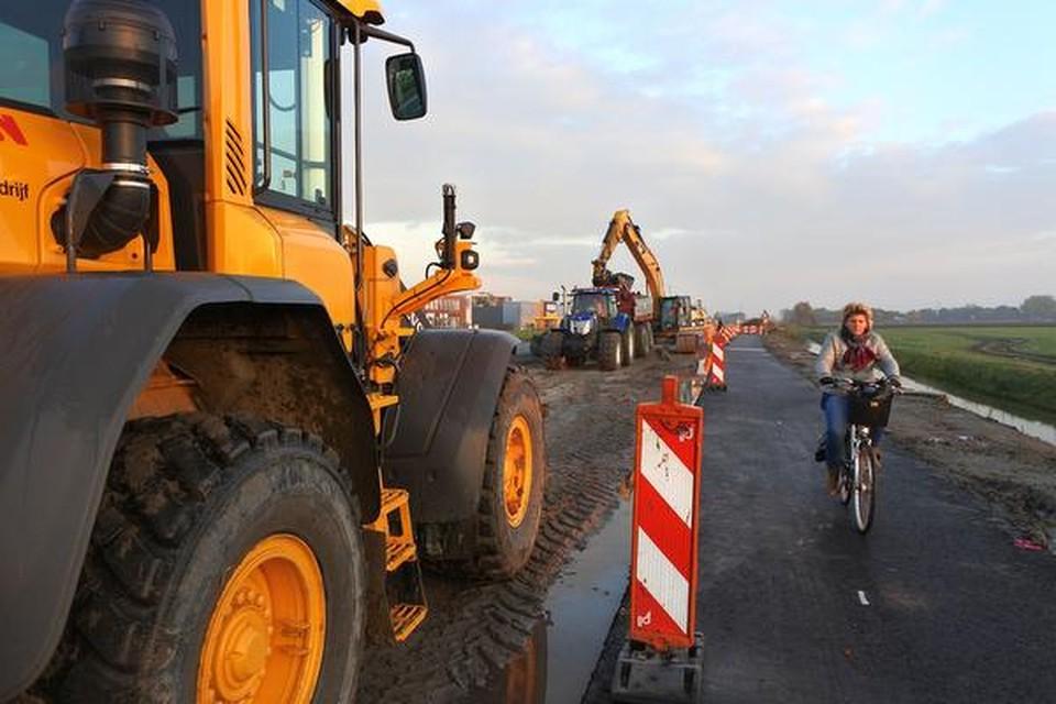 Werk aan de N23 bij De Goorn. Het ligt al enkele maanden stil.