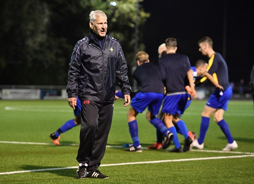 In zijn tweede jaar bij AFC'34 doet oud-proftrainer Job Dragtsma veel minder concessies
