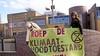 Extinction Rebellion demonstreert tegen schrappen klimaatgeld: 'Een dikke middelvinger naar alle kinderen'