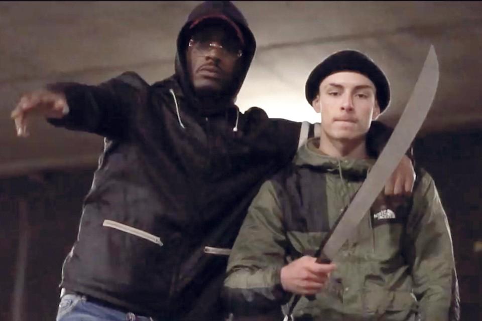 Beeld uit een populaire drillrap-video waaraan ook Zaandamse artiest C-Jay meewerkte.
