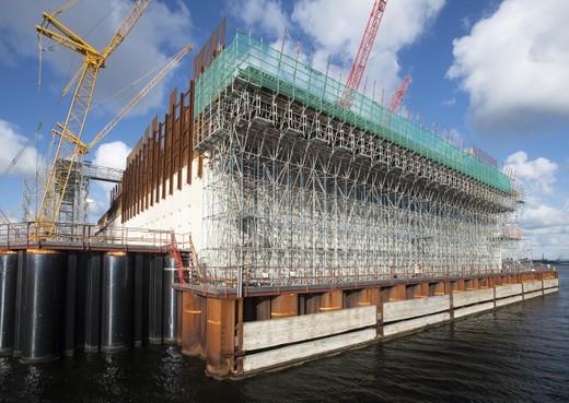 Compensatie vertraagde zeesluis IJmuiden later besproken