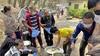 'Mensen snakken naar adem op straat. Enkhuizer hulp aan armlastig Nepal in coronatijd hard nodig'