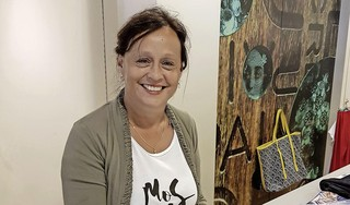 Zina van Etten (66) gaf duizenden vrouwen kledingadvies. 'Zo eerlijk mogelijk, ik heb nooit iemand iets aangesmeerd'