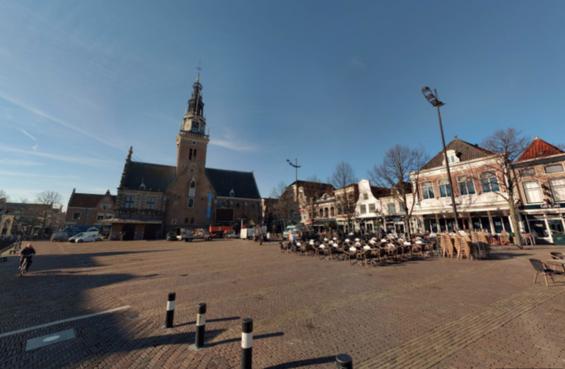 Groot tv-scherm van de Kaasmarkt ook gebruikt voor live-voetbal op Waagplein in Alkmaar