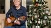 Geef je eigen nieuwjaarsconcert: Joep Wanders bewerkt de Radetzkymars voor gitaar, en de bladmuziek van 'Tieten-kont-kont-kont' is gratis te downloaden