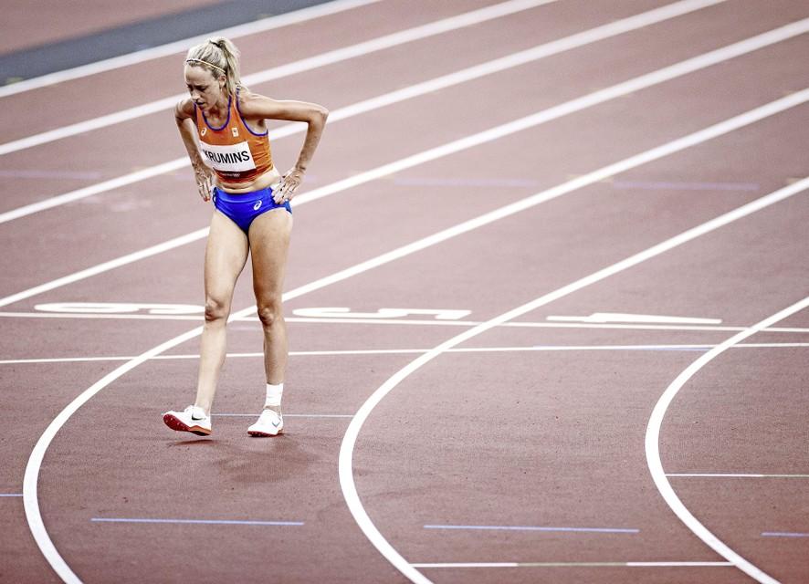 Susan Krumins valt uit tijdens de finale 10.000 meter.