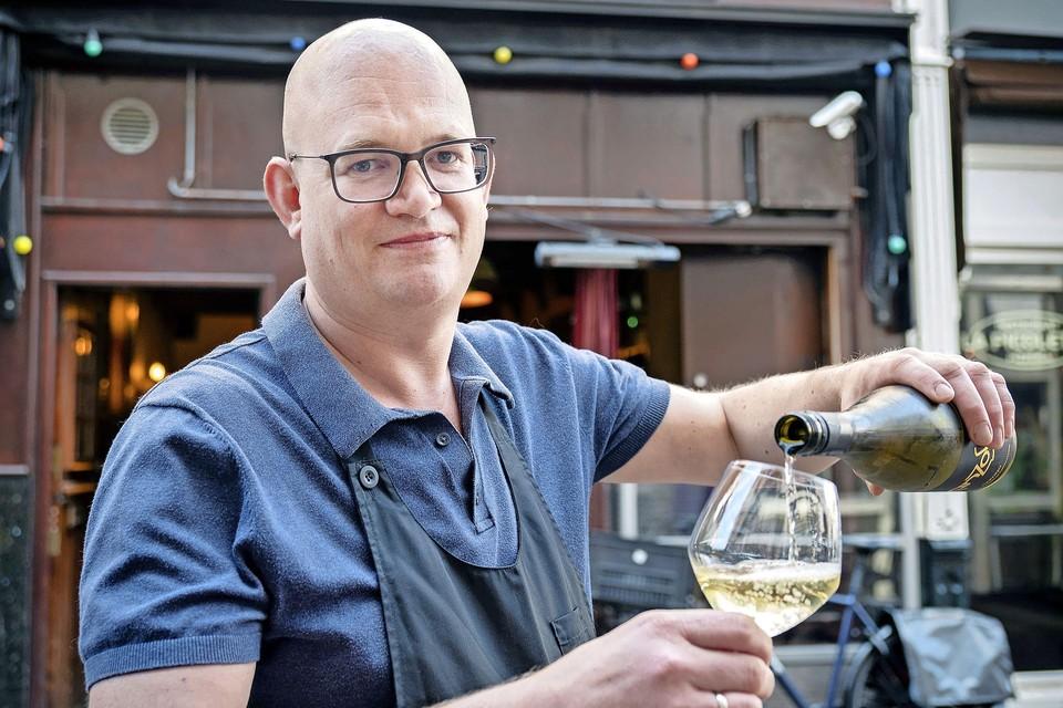 Marcel Tholen: ,,Het is gezellig in de Lange Veerstraat. Het is net een dorp.''