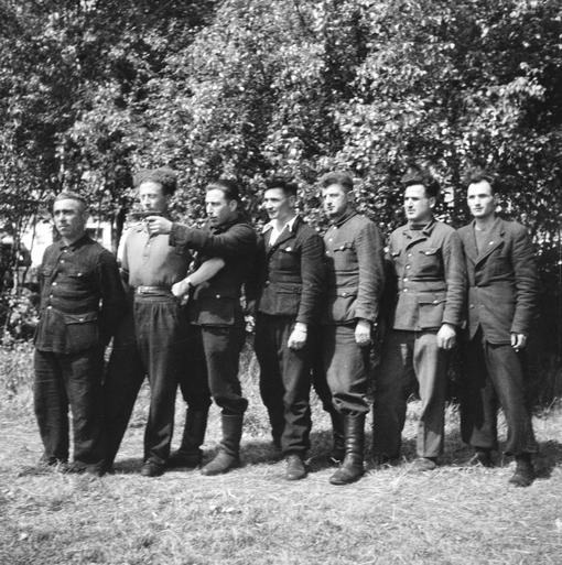Tien willekeurige Texelaars werden door de Duitsers gefusilleerd. Herdenking Russenoorlog dankzij film tóch voor iedereen toegankelijk [video]