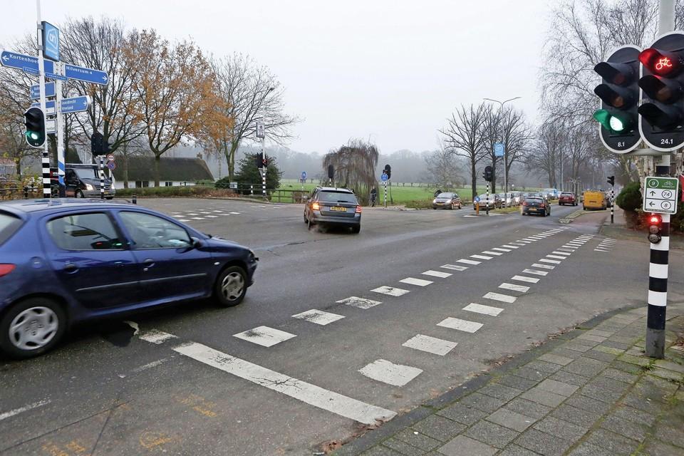 Het kruispunt bij de Smidsbrug in 's-Graveland