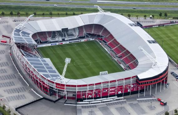 Jan de Roos van voormalig staalmontagebedrijf Afas-stadion voelt zich onterecht aangevallen