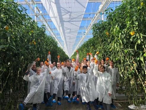 Leerlingen Tabor College Werenfridus Hoorn kijken met leeftijdsgenoten uit Europa naar het milieu