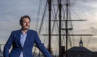 Op het hoogtepunt had zijn bedrijf meer dan honderd miljoen euro omzet. Vorig jaar verkocht Julius Kousbroek (43) 'zijn' WePayPeople. Een miljoenendeal
