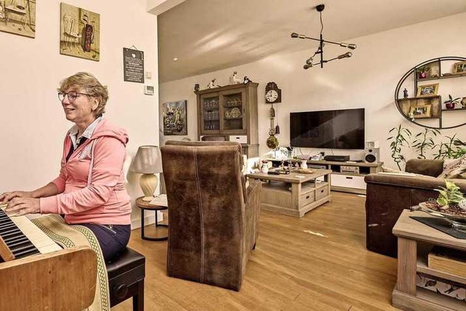 Edith Bal. Haar kinderen zijn inmiddels het huis uit maar ze is niet van plan om kleiner te gaan wonen.