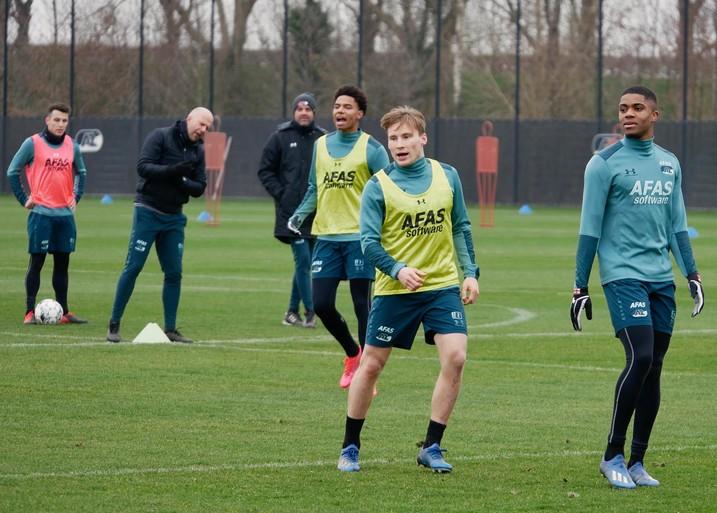 Jonas Svensson over AZ's titelstrijd en Tagliafico's overtreding: 'Nog tien wedstrijden, niet tien finales'