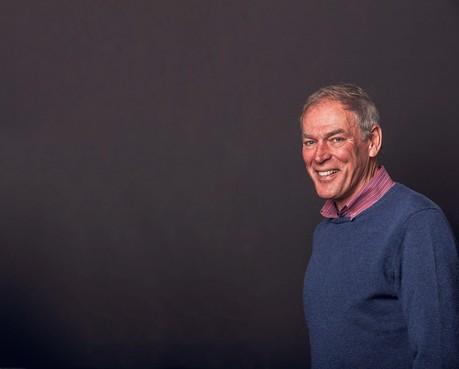 Ard Schenk is 75 jaar geworden: een stoemper die goed zijn kracht benutte [video]
