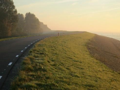 Motorclubs snappen overlast op Zuiderdijk