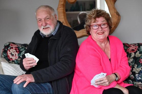 Echtpaar Van Gennip: al sinds jaren zeventig vaste gast op Kaasstadbridgetoernooi: Om het echie en toch gezellig
