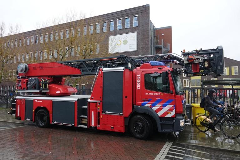 Brand in school Zaandam, leerlingen naar huis
