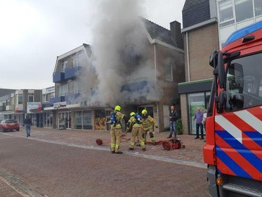 Doneeractie voor toko aan de Nieuwstraat in Schagen die zaterdag in de brand stond; eigenaren waren niet verzekerd