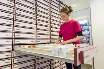 Plots gesloten Hilversumse apotheek 'gaat snel weer open'