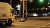 Motoragent gewond na aanrijding in Krommenie, nadat hij een stopteken gaf. Agent naar het ziekenhuis
