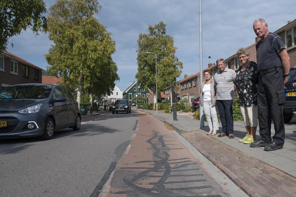 Bewoners van de Seevancksweg wezen in september op de hinder van vrachtverkeer.