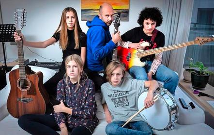 Haarlemse tieners willen met band The Missing Girls Nederland veroveren: 'We hopen ooit op grote festivals te staan' [video]