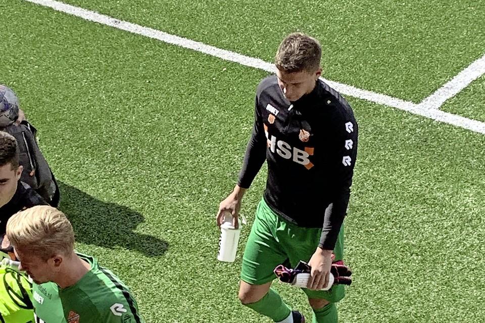 Filip Stankovic moest zaterdag tegen Jong Ajax zonder te spelen de kleedkamer weer opzoeken.