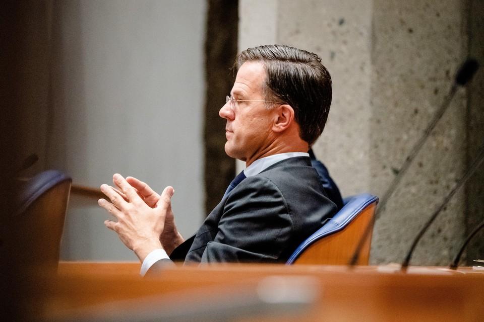 Demissionair premier Mark Rutte tijdens de eerste dag van de algemene politieke beschouwingen.