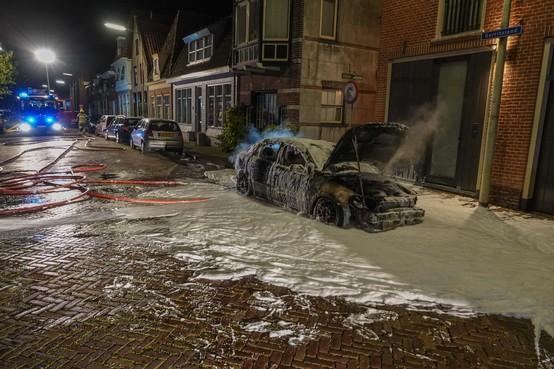Raadsel rond uitgebrande auto's in Hoorn en Enkhuizen: 'Het leek wel een film'