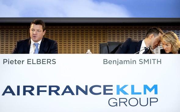 Onzekerheid troef bij KLM door corona en politiek