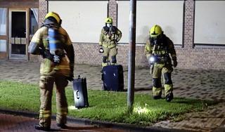 Verdachte koffers aangetroffen in Alkmaarse woonwijk; vakantiegangers blijken vergeten ze binnen te zetten