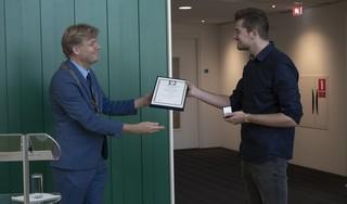 Zaandammer Jurriaan Schipper krijgt bronzen medaille voor het redden van een drenkeling