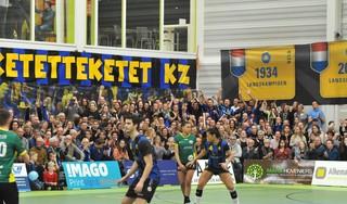 Vorig jaar ging het dak er twee keer af bij de Zaanse korfbalkraker tussen KZ en Groen Geel, maar bij editie drie zal alles anders zijn [video]