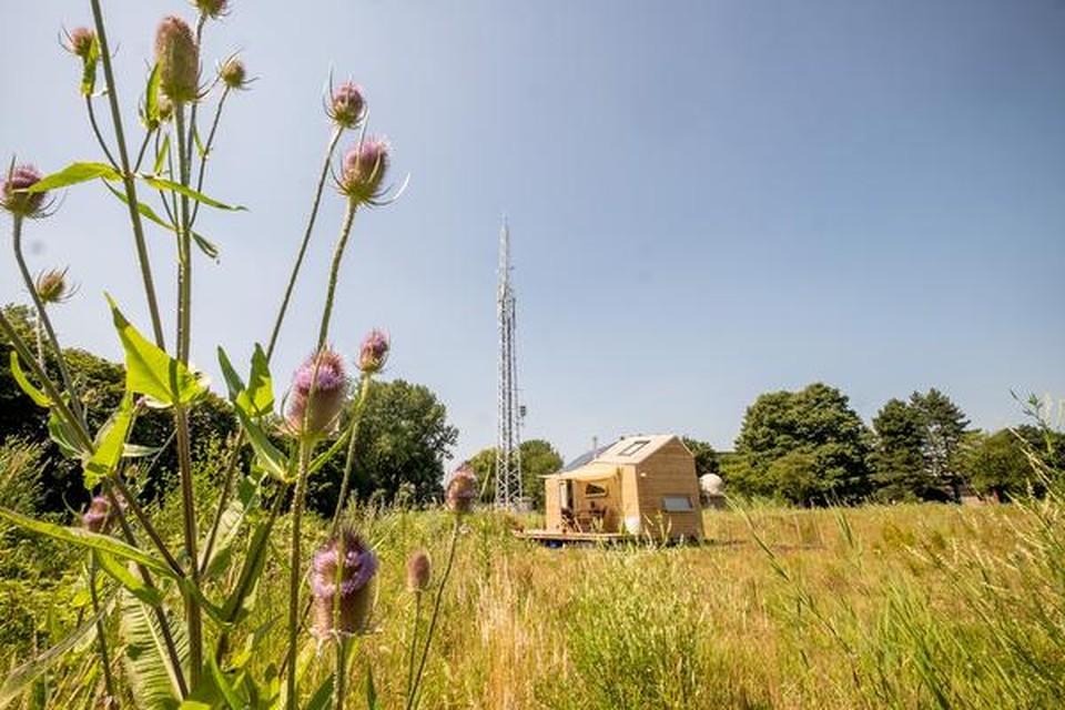 Het tiny house van Marjolein Jonker op het voormalige Nuon-terrein aan de Helderseweg